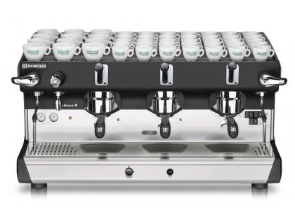 Профессиональная кофемашина Rancilio CLASSE 9 RE 3 ГРУППЫ